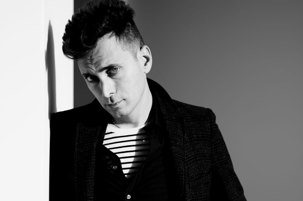 mode hedi slimane nouveau directeur artistique de la maison de couture c line we culte le. Black Bedroom Furniture Sets. Home Design Ideas