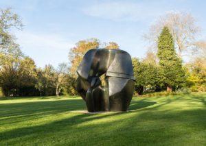 oeuvre d'Henry Moore au Fonds Hélène & Edouard Leclerc
