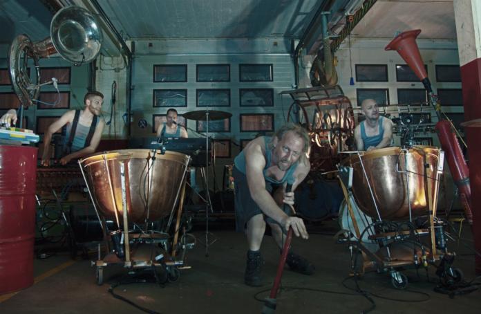 le groupe de pop industrielle Ramkoers