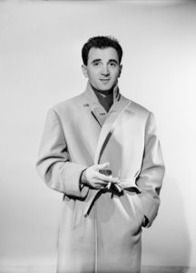 charles aznavour a ses debuts