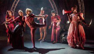 Un e des scènes du spectacle Cirkus Cirkör aux Boréales