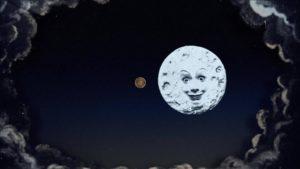 la lune s'expose au grand palais