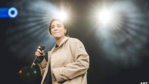 la chanteuse camelia jordana