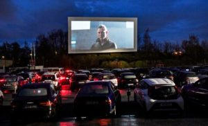 drive-in cinema plein air voiture
